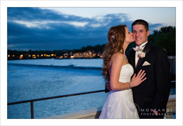 wedding photography couple along schuylkill river at dusk