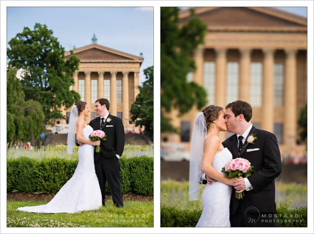 Wedding photography portraits at the Philadelphia Art Museum